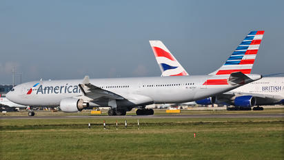 N277AY - American Airlines Airbus A330-300