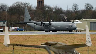130609 - Canada - Air Force Lockheed CC-130J Hercules