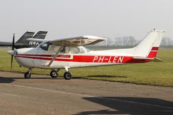 PH-LEN - Private Cessna 172 Skyhawk (all models except RG)