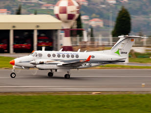 EC-KJQ - SENASA Beechcraft 300 King Air 350