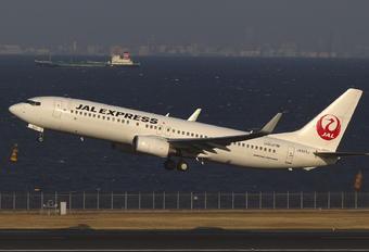 JA323J - JAL - Express Boeing 737-800