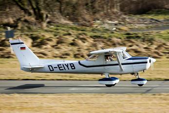 D-EIYB - Private Reims F152
