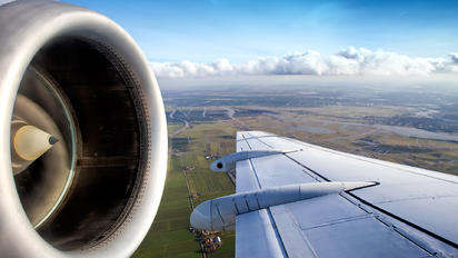 PH-KZN - KLM Cityhopper Fokker 70
