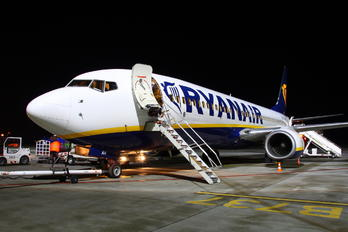 EI-DAH - Ryanair Boeing 737-800
