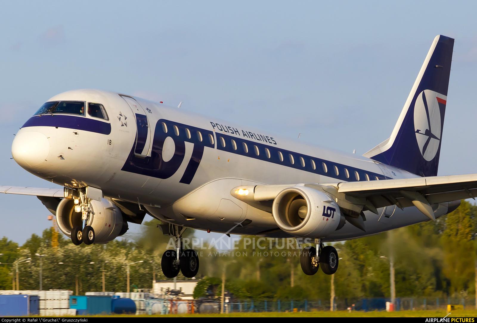LOT - Polish Airlines SP-LIB aircraft at Warsaw - Frederic Chopin