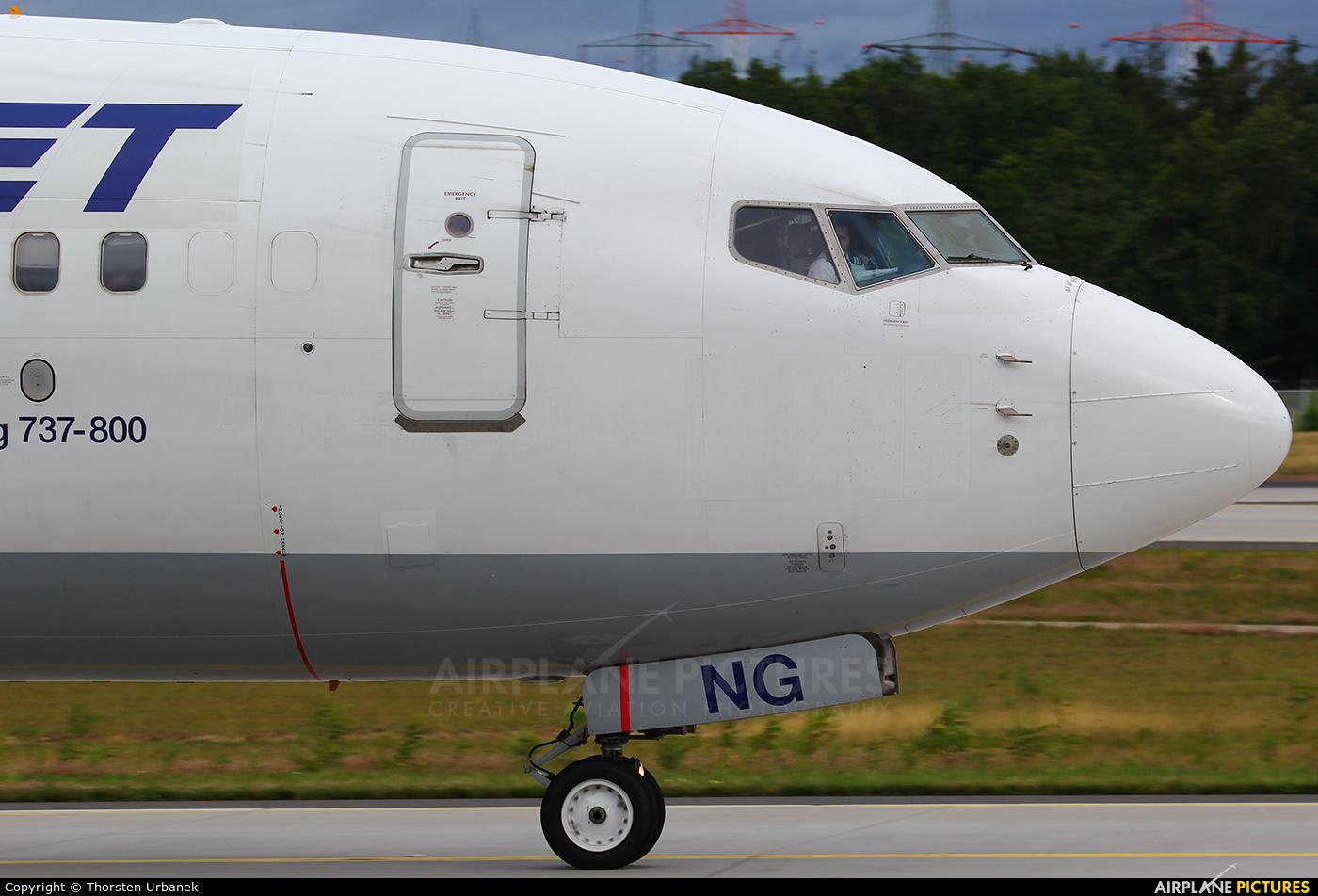 AnadoluJet TC-SNG aircraft at Frankfurt