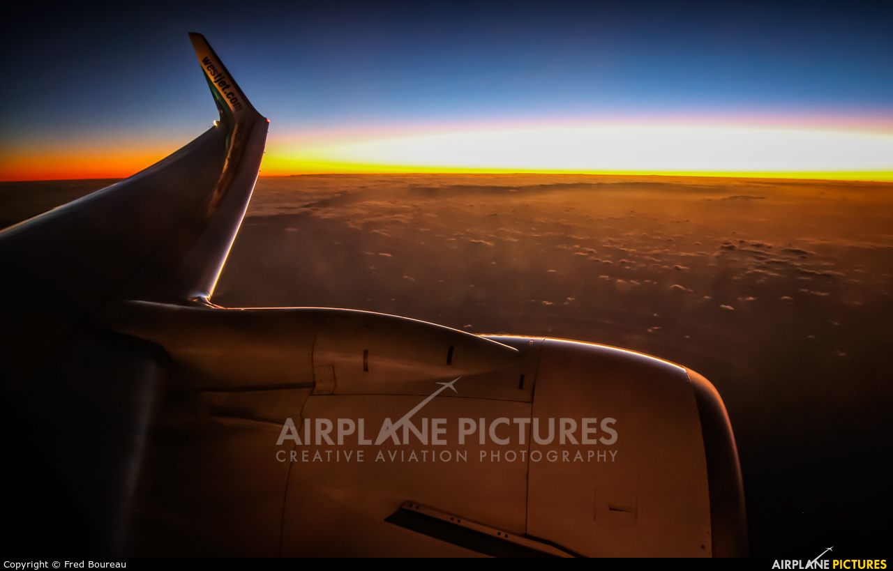 WestJet Airlines - aircraft at In Flight - International
