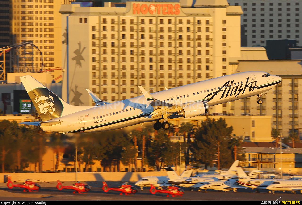 N528as Alaska Airlines Boeing 737 800 At Las Vegas