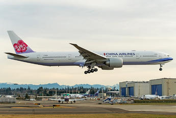B-18055 - China Airlines Boeing 777-300ER