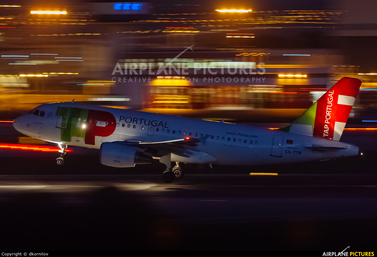 TAP Portugal CS-TTB aircraft at Lisbon