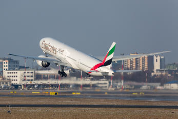 A6-EBN - Emirates Airlines Boeing 777-300ER
