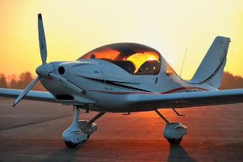 OK-TUA 69 - Private TL-Ultralight TL-2000 Sting S4