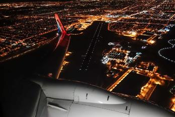 - - WestJet Airlines Boeing 737-800