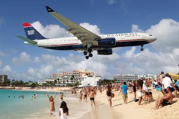 N287AY - US Airways Airbus A330-200
