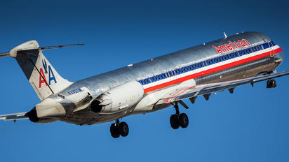 N980TW - American Airlines McDonnell Douglas MD-83
