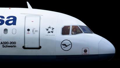D-AIPW - Lufthansa Airbus A320