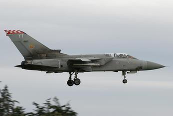 ZE963 - Royal Air Force Panavia Tornado F.3