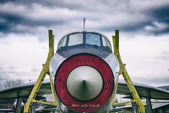 55-713 - Saudi Arabia - Air Force English Electric Lightning T.55