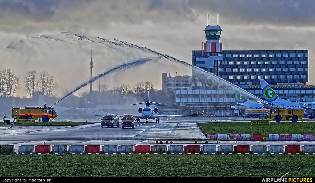 Shell Aircraft F-HVON aircraft at Rotterdam