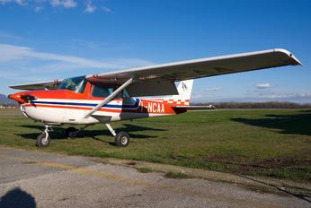 I-NCAA - Private Cessna 150