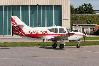 N4976W - Private Rockwell Commander 114