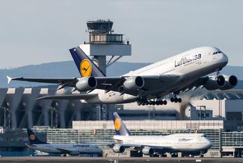 D-AIMB - Lufthansa Airbus A380