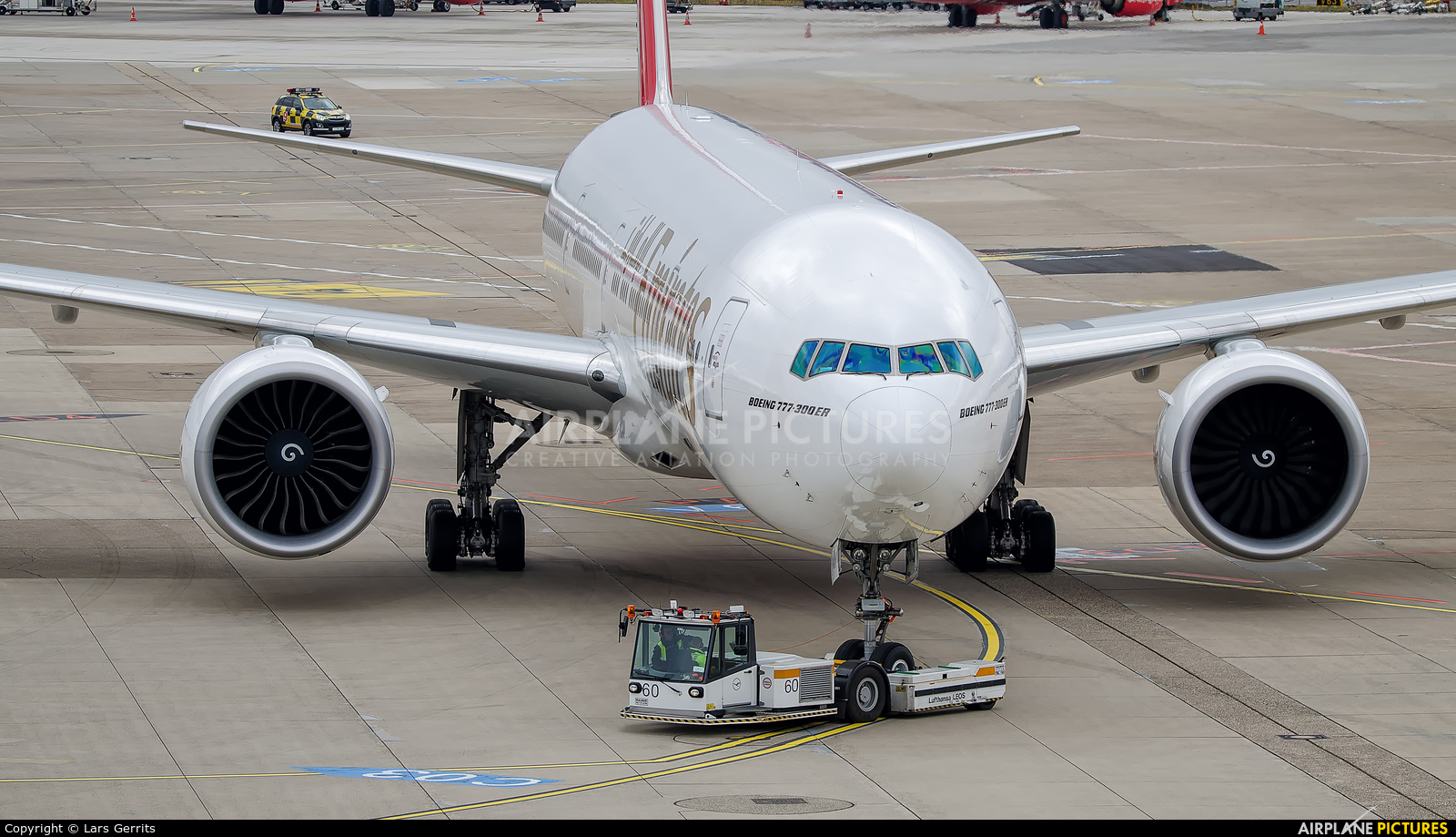 Emirates Airlines A6-ENN aircraft at Düsseldorf
