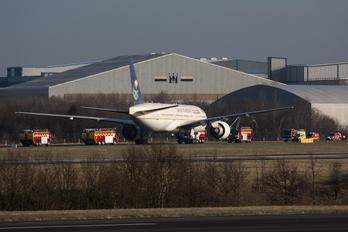 HZ-AKE - Saudi Arabian Airlines Boeing 777-200ER