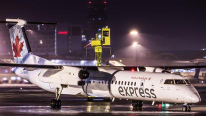 C-FSRW - Air Canada Express de Havilland Canada DHC-8-400Q Dash 8