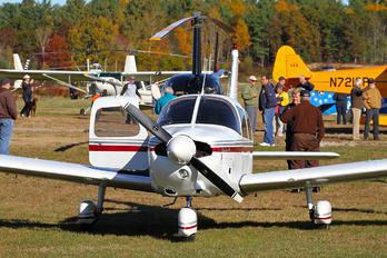 - - Private Piper PA-28 Warrior
