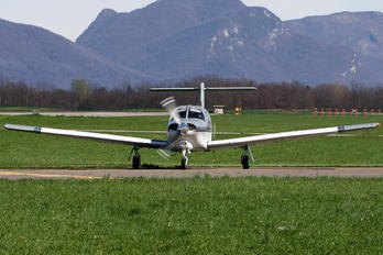 I-SSKK - Aeroclub Varese Piper PA-28 Arrow
