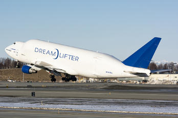 N747BC - Boeing Company Boeing 747-400LCF Dreamlifter