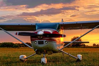 SP-KMD - Private Cessna 182 Skylane (all models except RG)