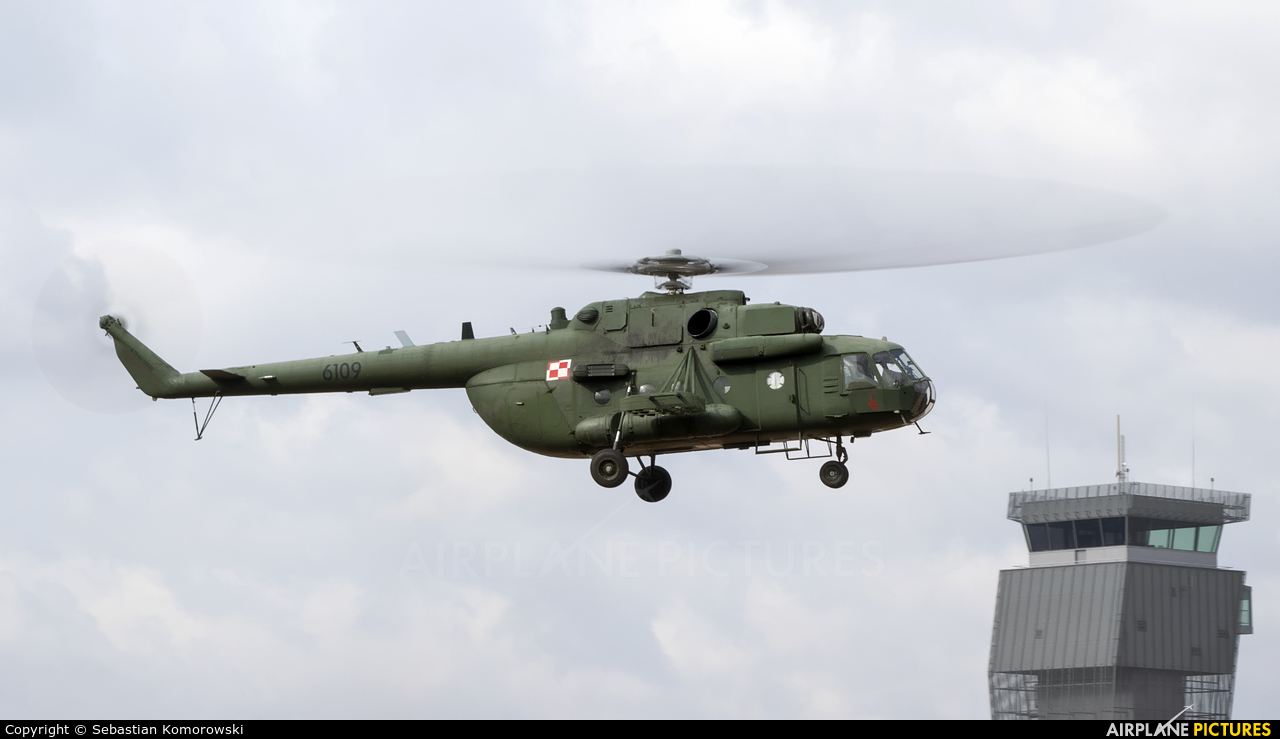 Poland - Air Force 6109 aircraft at Łódź - Lublinek