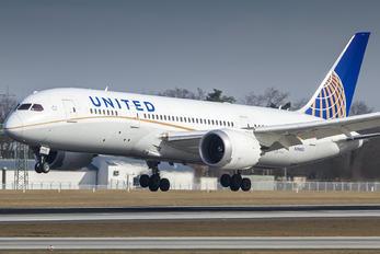 N26902 - United Airlines Boeing 787-8 Dreamliner