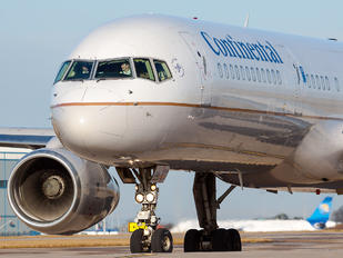 N14115 - Continental Airlines Boeing 757-200
