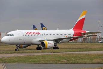 EC-JXJ - Iberia Airbus A319