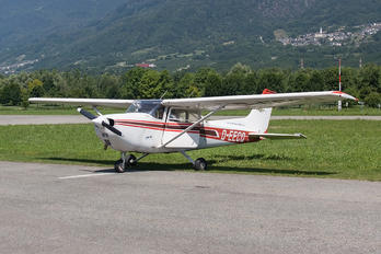 D-EECQ - Private Cessna 172 Skyhawk (all models except RG)