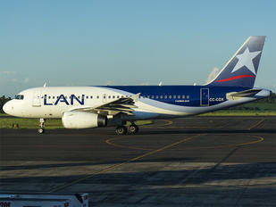 CC-COX - LAN Airlines Airbus A319