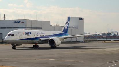 JA832A - ANA - All Nippon Airways Boeing 787-8 Dreamliner
