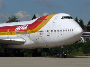 EC-DIA - Iberia Boeing 747-200