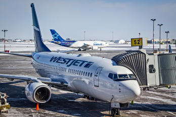 C-GWBX - WestJet Airlines Boeing 737-700