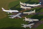 B-HUB - Cathay Pacific Boeing 747-400 aircraft