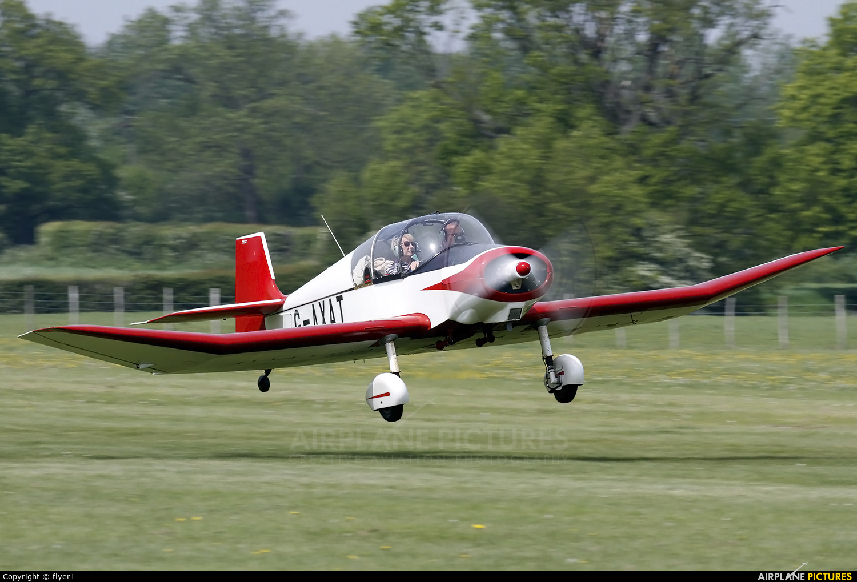 Private G-AXAT aircraft at Lashenden / Headcorn