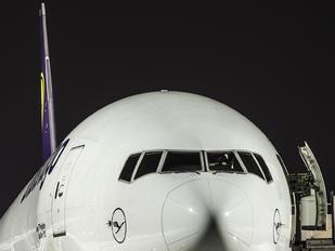 D-ALFA - Lufthansa Cargo Boeing 777F