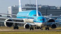 PH-BGQ - KLM Boeing 737-700 aircraft