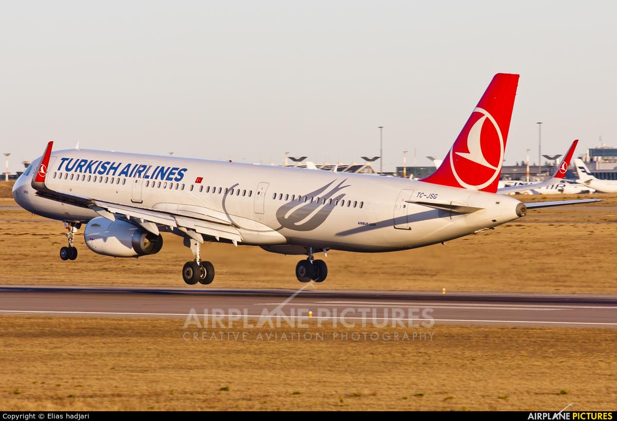 Turkish Airlines TC-JSG aircraft at Helsinki - Vantaa