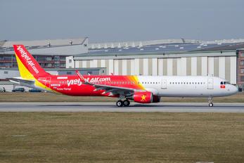 D-AZAK - VietJet Air Airbus A321
