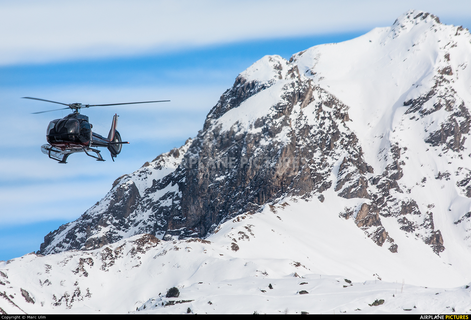 Skycam Helicopters F-GOLH aircraft at Courchevel