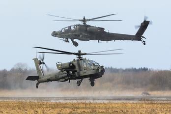 85551 - USA - Army Boeing AH-64A Apache